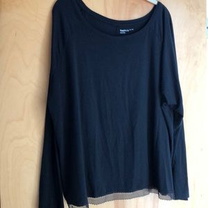 Gap Body black long-sleeved shirt with lace trim
